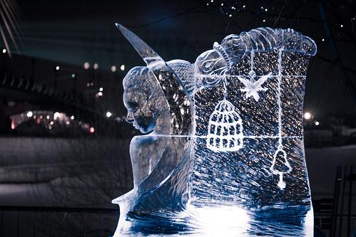 How to Start an Ice Sculpture Business